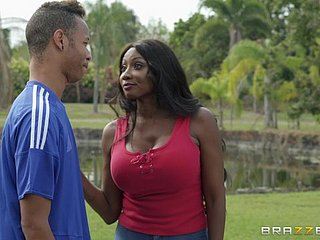 Mature ebony whore Diamond Jackson seduces a distance from almost with reference to her cum