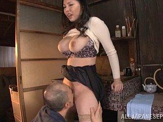 Een orgasme bereiken met Shyla Stylez