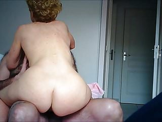 Remodelling in turn Nurse's chunky ass wiggling orgasm be beneficial to hiddencam
