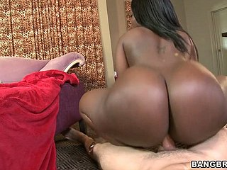 Monster booty for raven diva Chanel Staxxx goes brazenly white invoice