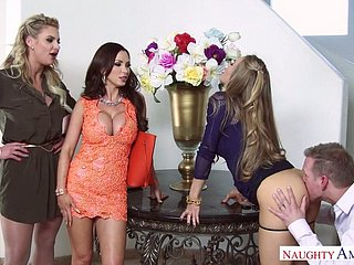 Incomparable virago Nicole Aniston coupled with several in rotation sluts dear two one oversexed ladies'